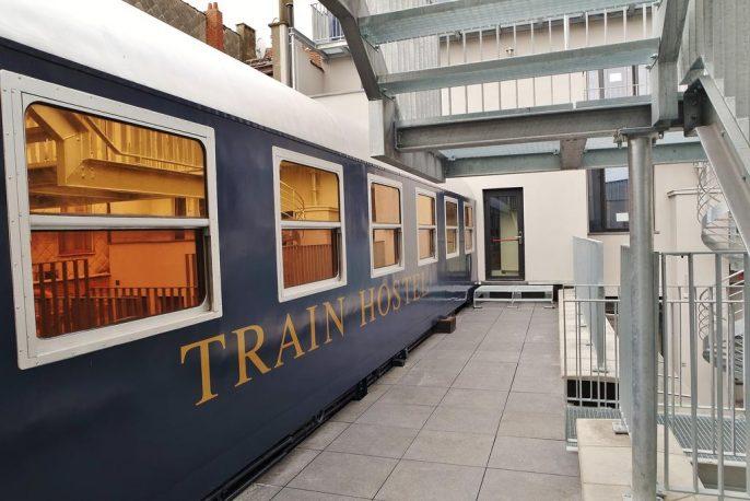 Train-Hostel-2345