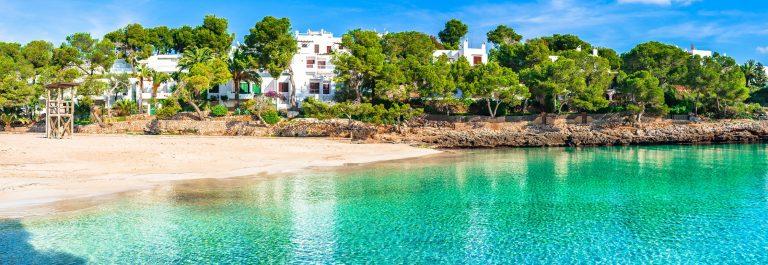 Cala Gran in Cala d'Or Mallorca shutterstock_614620934 – Copy