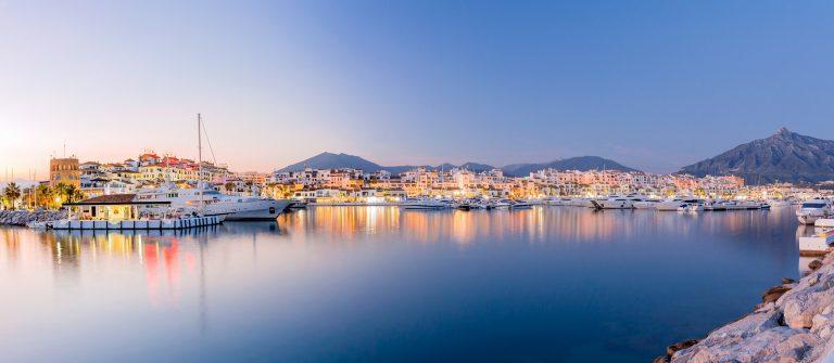 Marbella landscape (Puerto Banus)_473238115