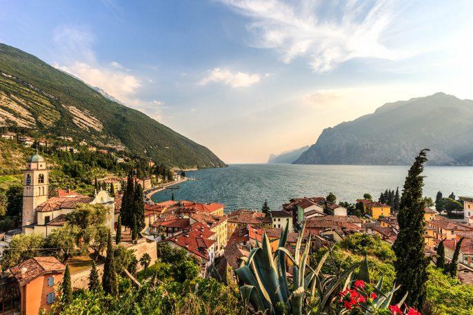 Torbole, Lake Garda Italy Gardasee iStock_000023595593_Large-2