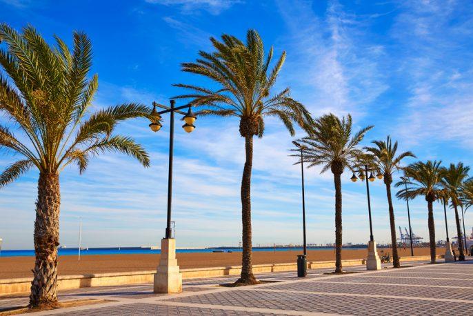 Valencia_Malvarrosa Beach_398858923