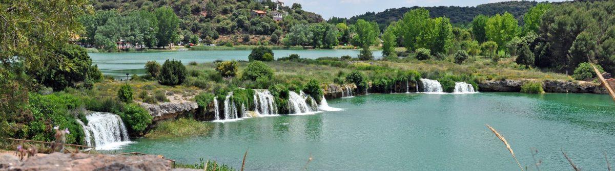 view over the spanish national park Lagunas de Ruidera_91785716