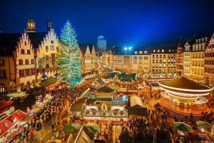Frankfurt-Weihnachtsmarkt-iStock-520625727