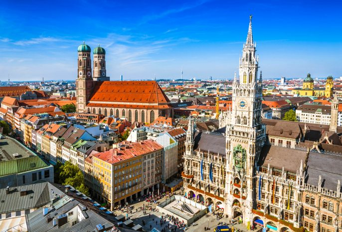 Munchen-City-Center-iStock_000029117868_Large-2