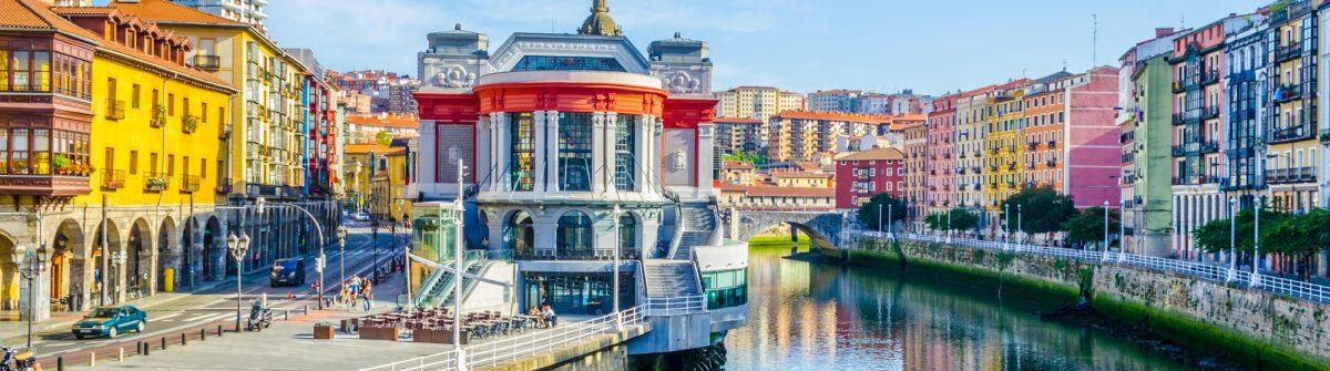 Ribera-market-in-the-spanish-city-Bilbao_1067487275
