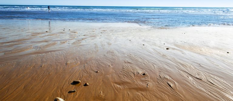 beach-general-view-conil-spain_193864103