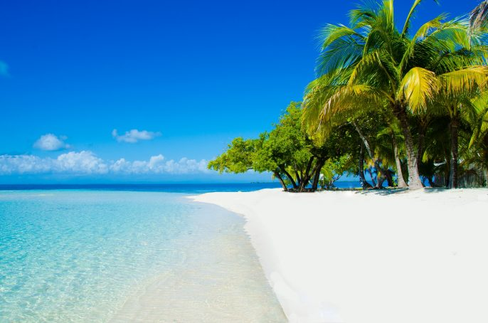 beautiful-beach-in-belize_164705195