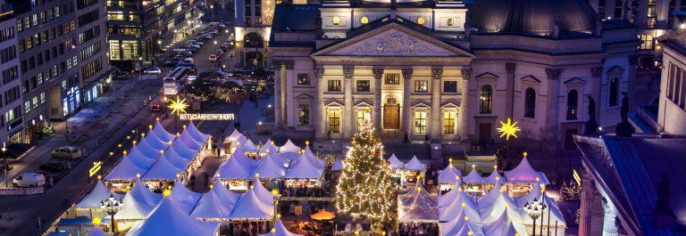 christmas-market-on-berlin-gendarmenmarkt-at-night-shutterstock_42961615-2