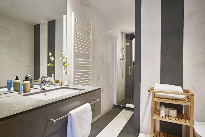 AinB-Sagrada-Familia-Apartments-12345