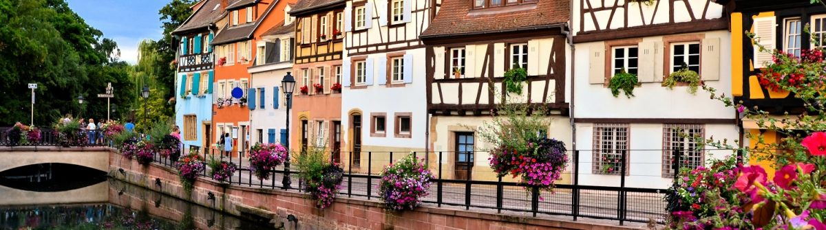 Beautiful-canals-of-Colmar-France-with-late-day-reflections_shutterstock_410950825-Copy
