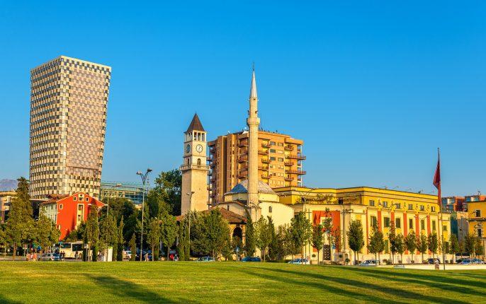 The-Ethem-Bey-Mosque-in-Tirana-Albania_330100898