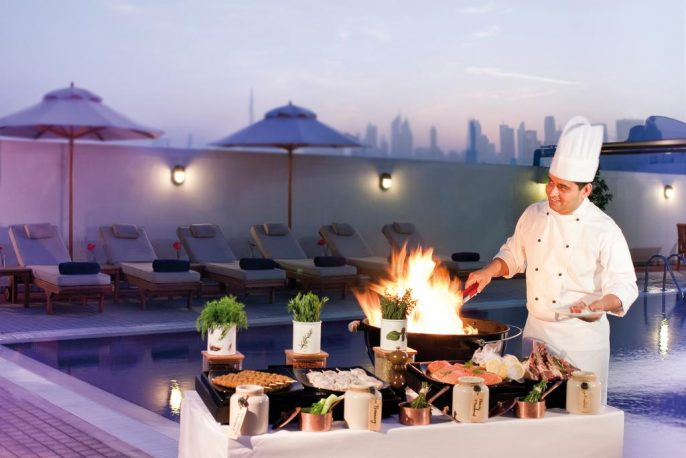 Movenpick-Hotel-Apartments-Bur-Dubai-12345
