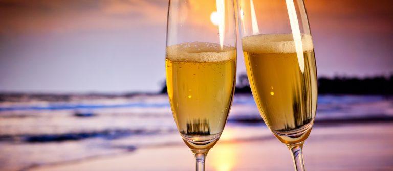champagne_beach-331530371