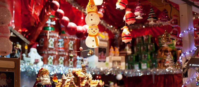 shutterstock_235513402_christmas-market