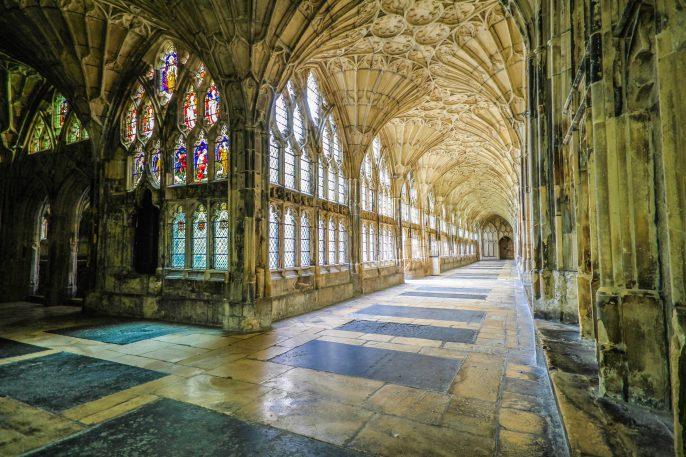 Kathedrale-von-Gloucester-iStock_000019984166_Large-2