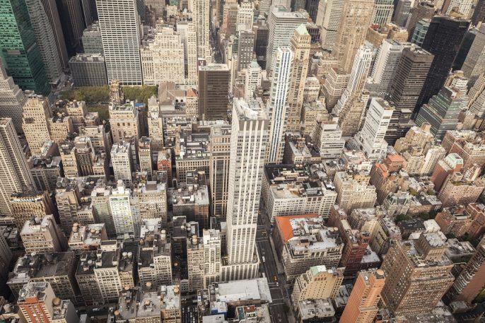 Luftaufnahme der Innenstadt von Manhattan, New York City iStock_000059382172_Large