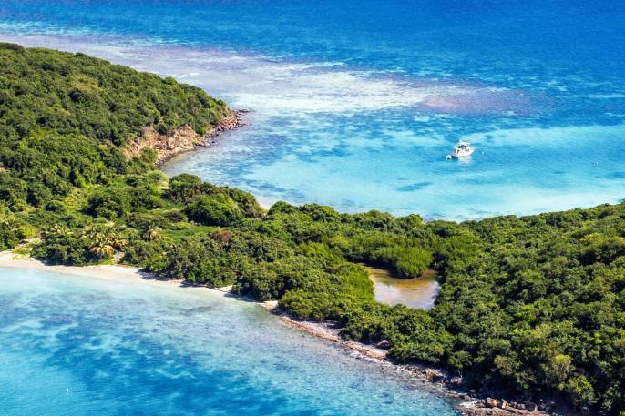 Magic of Nature Puerto Rico iStock_000071514999_Large-2