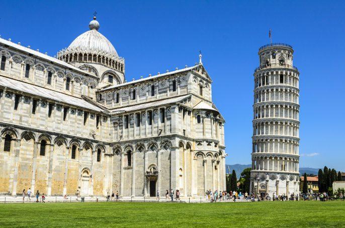 Pisa leaning Tower Italien shutterstock_158434655-2