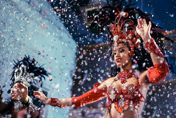 Fiery festival dancers