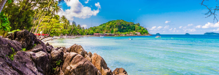 Sky and Sea Cuba Beach iStock_000040591882_Large-2