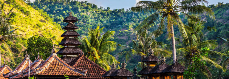 country-temple-in-bali-shutterstock_198712787-2