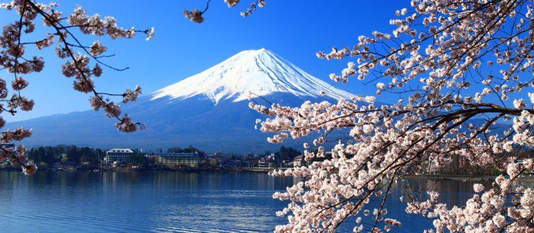 tokyo-mount-fuji-shutterstock_51277669