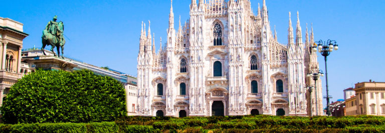 duomo-of-milan-cathedral-lombardia-italy-istock_000012620182_large-2