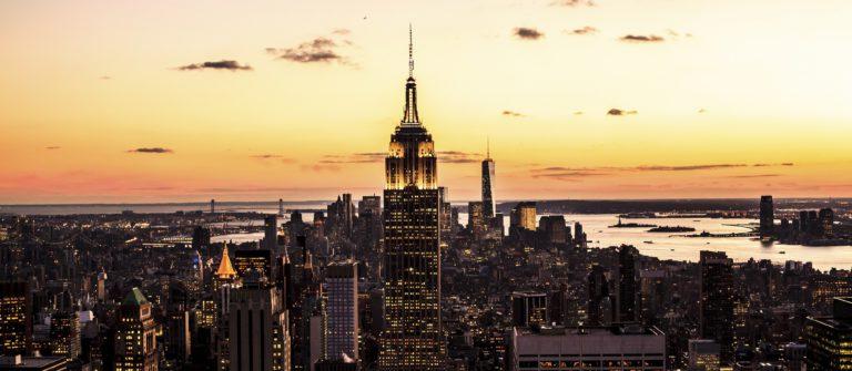 goldener-sonnenuntergang-new-york-empire-state-istock_000052038616_2000pixel