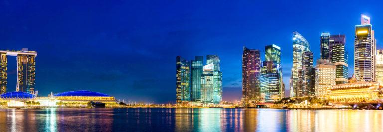 singapore-night-view-istock_000028640800_large-2