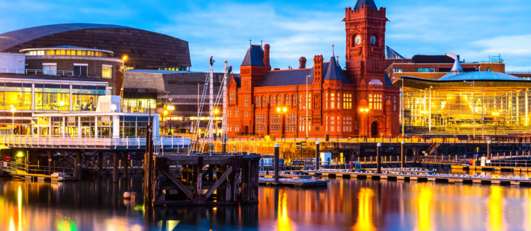 cardiff-bay-wales-istock_000023513269_large-2
