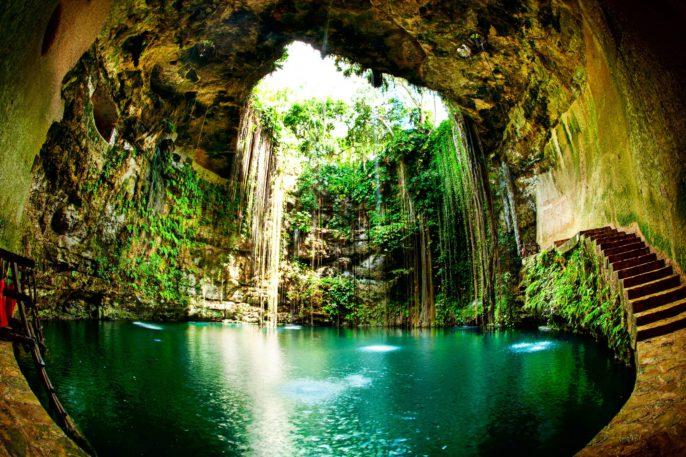 ik-kil-cenote-chichen-itza-mexico-shutterstock_127049891-2