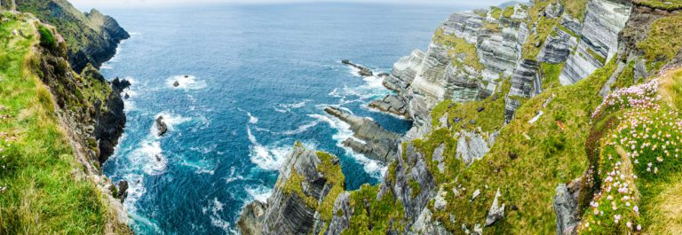 the-sea-surrounds-rocks-on-the-westcoast-of-ireland-close-to-the-skelligs-shutterstock_147603482-2